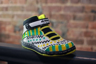 Skribbies Neon/Black Customisable Whiteboard Trainers