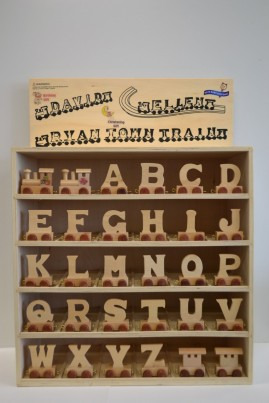 wooden name train & track