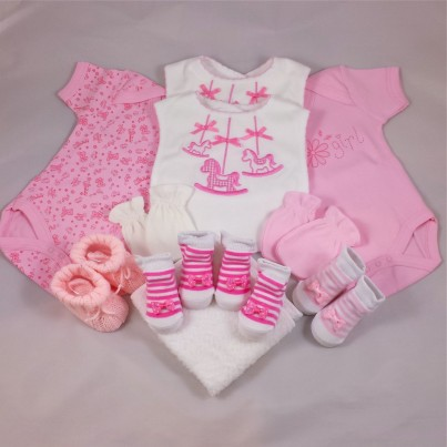 Baby girl cupcake gift set - Deluxe in 0-3 or 3-6 months