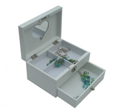 Has 3 compartments and a draw to keep those precious jewels