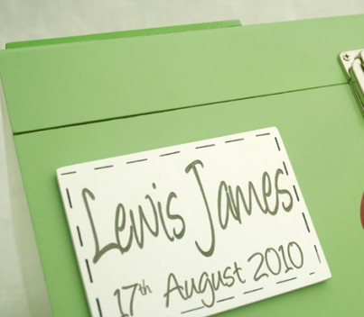 Can be individually personalised with name and dates laser engraved on a front plaque. (This is at an  additional cost). Example of personalised name plaque ( please note text style may vary).