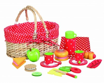 Strawberry Design - 22 Piece Wooden Picnic Set