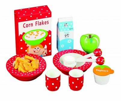 Wooden Food Toy: Fabulous Breakfast Set With 11 Pieces.
